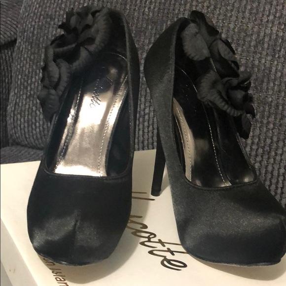 Mascotte Shoes - Black Mascotte High heels